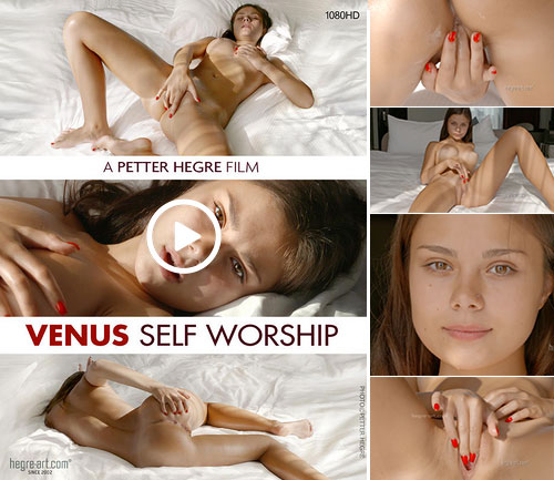 Venus Hegre massage