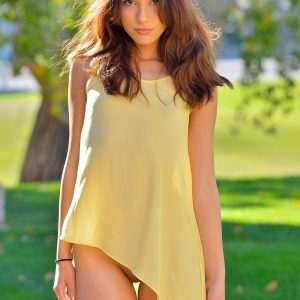 Melody is the kind of nude girl perfect for FTV