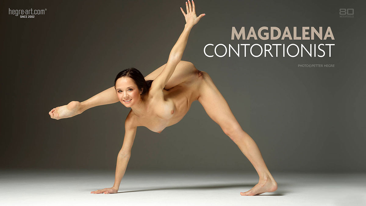 contortion-nude-babe