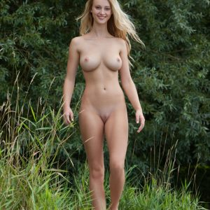 Nude Art in Nature - Carisha natural beauty shot by Stefan Soell