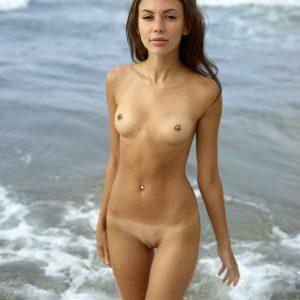 Karina Hegre is a nudist or naturist?