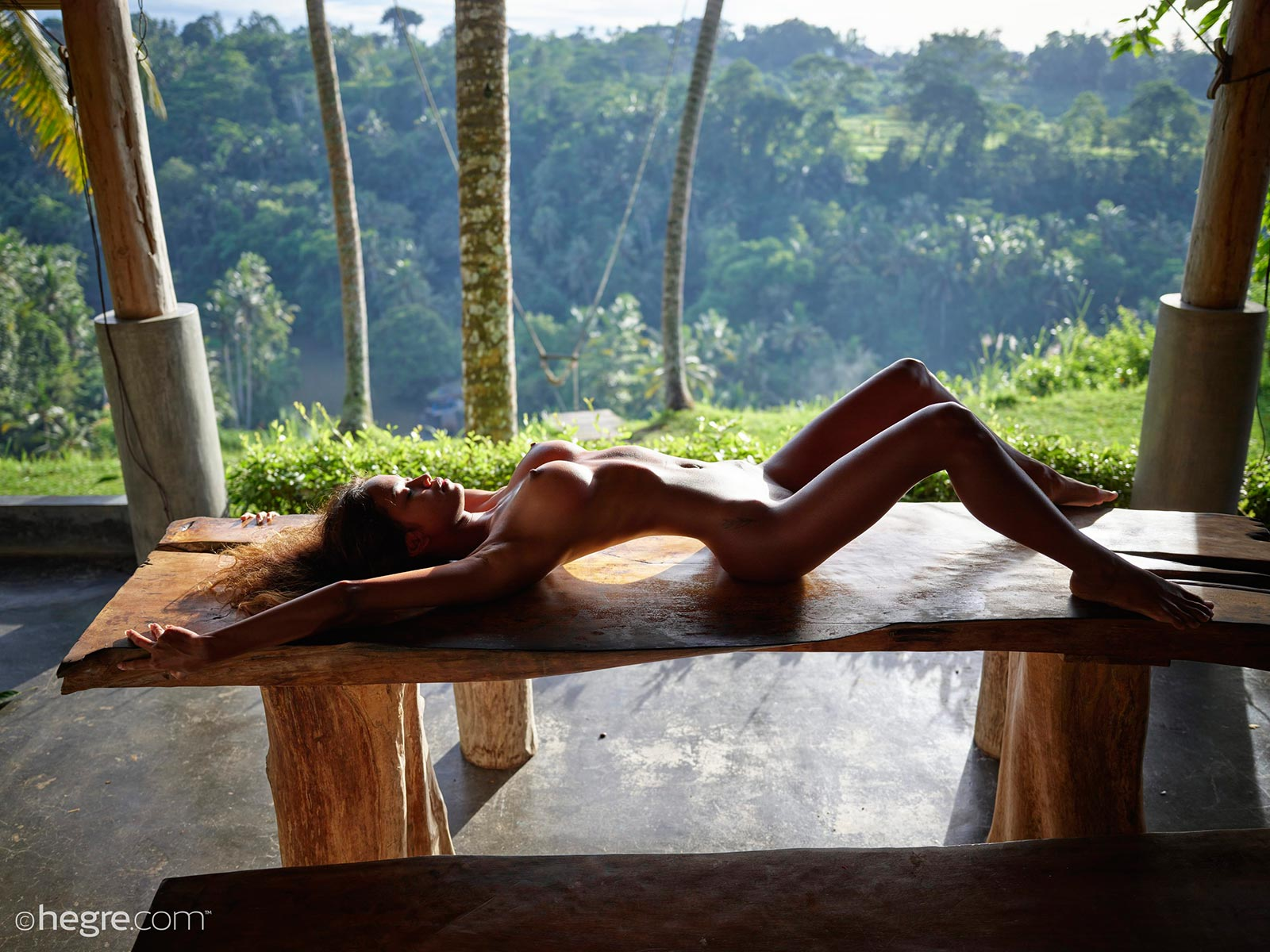 naked-chicks-from-bali